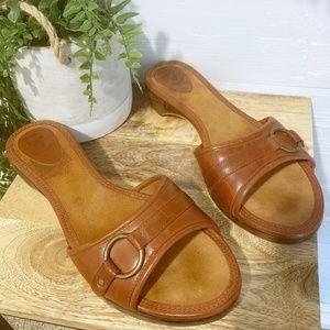 Frye  |  Chelsea Leather Ring Sandal, Sz 10M